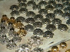 New Jesse James beads 134/pc HARDWARE/BEAD MIXED toppers