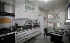 Apartamento 3 dorm, 3 suíte, 180,61 m2 área útil, 265,89 m2 área total Preço de venda: R$ 850.000,00 Código do imóvel: 2056
