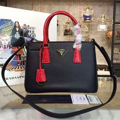 d6c53531a8cd Prada Two-tone Galleria Saffiano Leather Bag Black/Red 2016 ] : Real Purse
