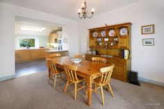spacious dining room and kitchen 2crail at Sandcastle Cottage Crail, only 10 miles from St Andrews and perfect for self-catering holidays by the sea.