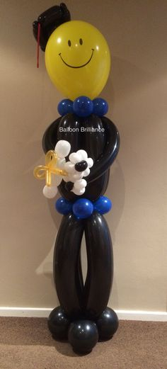 """The Happy Graduate"" #graduationballoons #balloonsculpture #partyballoons #sendballoonscanberra #balloondelivery #cbr #act #canberraballoons #BalloonBrilliance"