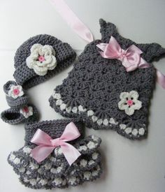 Pink snd gray...so pretty! Pattern is now available for the diaper cover, shoes and hat at link below. https://www.etsy.com/listing/198127975/crochet-vintage-inspired-baby-set
