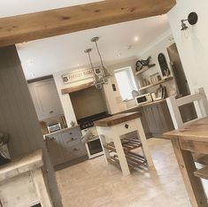 Home Interior, Kitchen Interior, Kitchen Decor, Loft Kitchen, New Kitchen, Cottage Kitchens, Home Kitchens, Cottage Renovation, Moving House