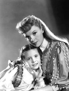 Meet Me in St. Louis  Margaret O'Brien and  Judy Garland..