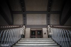 Once Grand Entrance