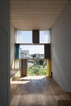 書斎東側の窓その2: ihrmkが手掛けたtranslation missing: jp.style.窓-ドア.modern窓&ドアです。