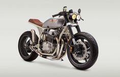 1976 Honda CB750K #CafeRacer ''CB836-CM'' by Classified Moto. Muy guapa esta #Honda con subchasis modificado, monoamortiguador trasero y horquilla invertida   caferacerpasion.com