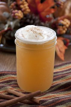 Apple Cider Floats Recipe made with ginger ale and perfect for fall!