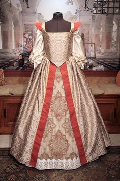 Custom Sized Elizabethan Renaissance Court Gown for by fairefinery