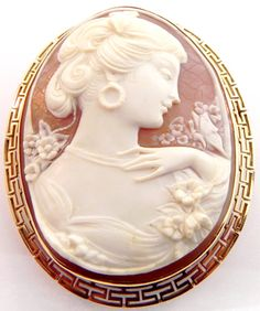 LADIES 14K YELLOW GOLD CARVED SHELL CAMEO GREEK KEY PENDANT PIN BROOCH | eBay