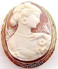 LADIES 14K YELLOW GOLD CARVED SHELL CAMEO GREEK KEY PENDANT PIN BROOCH | eBay