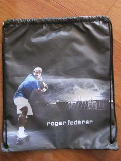 Tula Federer azul Dimensiones: 30x40cm