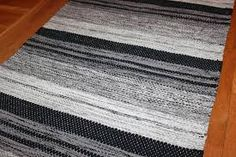 Bildresultat för filleryer Tear, Loom, Weaving, Rugs, Diy, Home Decor, Farmhouse Rugs, Decoration Home, Bricolage