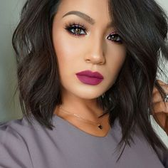 If you are looking for an ideal lipstick that goes with your dark skin, then I'll let you … - Best New Hair Styles Bold Lip Makeup, Kiss Makeup, Hair Makeup, Beauty Make-up, Beauty Hacks, Hair Beauty, Medium Hair Styles, Short Hair Styles, Dark Lipstick