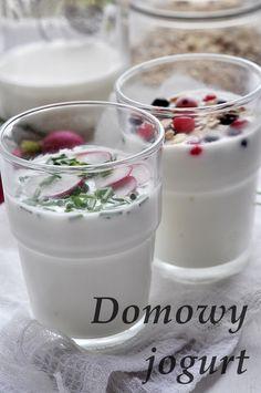Jak zrobić jogurt. Jogurt domowy. Moja metoda jak bez użycia jogurtownicy zrobić domowy jogurt . Wczoraj nastawiłam, a dzisiaj jem na śniadanie domowy jogurt. Robię domowy jogurt 2-3 razy w tygodniu. Nie kupuję za każdym razem nowego jogurtu jako startera … Czytaj dalej →