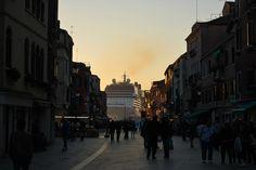 Dalle calle di Venezia... by GEMMA_P_, via Flickr