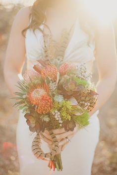 Autumn Bouquet Photography: Lauren Peele Photography - laurenpeelephotography.com Floral Design: Devin Designs - devindesignsflowers.com/