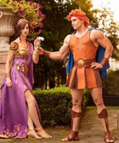 Hercules by Leobane Cosplay; Megara by symphonia cosplay ; photo by Muffin Geek production Megara Cosplay, Disney Cosplay, Couples Cosplay, Disney Costumes, Cosplay Outfits, Mermaid Costumes, Pirate Halloween Costumes, Couple Halloween Costumes For Adults, Costumes For Teens