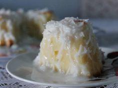 Receita de bolo molhado de coco