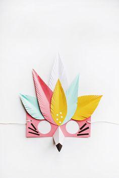 20 Easy Halloween Masks You Can Totally DIY - Masken Basteln Kinder Origami, Carnaval Kids, Diy For Kids, Crafts For Kids, Fun Crafts, Paper Crafts, Papier Diy, Bird Masks, Paper Mask