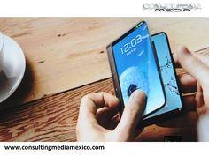 LA MEJOR AGENCIA DIGITAL. La empresa surcoreana Samsung, está desarrollando un teléfono que se dobla a la mitad y planea lanzarlo a principios del próximo año este nuevo gadget. Se espera que el dispositivo se presente en dos distintos modelos con 3 GB de memoria RAM, una ranura para tarjeta microSD y una batería extraíble. #miguelbaigts