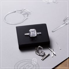 At Harry Winston, each impeccable design begins with a carefully chosen diamond that is then crafted to unleash its optimal brilliance. Jewelry Ads, Jewelery, Fine Jewelry, Jewelry Design, Jewellery Box, Copper Jewelry, Sterling Silver Jewelry, Silver Rings, Harry Winston