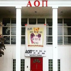 """WVU'S ΑΟΠ recruitment banner is on point!! Congrats girls! @taylorswift  #repost @aoii_wvu . #greeklife #wvu #recruitmentbanner #gogreek #AOII #exceedtheexpectation #alam #AOIIAlum   """"Our traditions will never go out of style"""" #Recruitment2015 #GoGreek"""