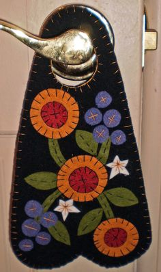 Oley Valley Primitives  NIGHT in the GARDEN Penny Rug Door Knob Hanger Digital Download by santaladyofoley on Etsy
