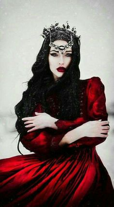 Ideas For Photography Dark Beauty Fantasy Witches Dark Beauty, Gothic Beauty, Mode Inspiration, Character Inspiration, Creative Inspiration, Foto Fantasy, Fantasy Queen, Fantasy Witch, Fantasy Love