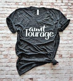 New Aunt Shirt, New Aunt Gift, Aunt Tshirt, Best Aunt Shirt, Gift for Aunt, Aunt Vneck Shirt, Womens Vneck Shirt, Baby Announcements