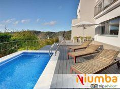 Un chalet entero, con piscina privada, zona chill-out y con vistas a la naturaleza en Sitges ¡Queremos ir!