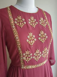 Fine cutdana and dabka hand work in golden A-line overlapping pattern Embroidery On Kurtis, Kurti Embroidery Design, Hand Embroidery Dress, Embroidery Neck Designs, Embroidery Fashion, Zardosi Embroidery, Diy Embroidery, Silk Kurti Designs, Kurta Designs Women