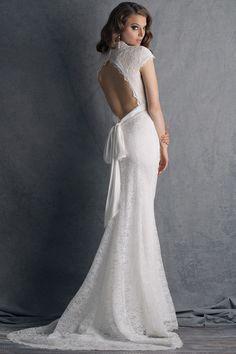 ccfbe872b4c 25 meilleures images du tableau    Robe de mariée courte