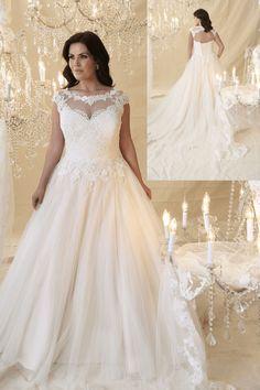 Plus size Bridal Collection Crush - Callista Bridal | Pretty Pear Bride