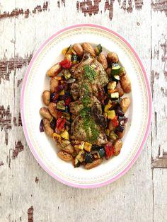 Grillede koteletter med urtemarinade og tilbehør - for denne og andre gode middagsoppskrifter besøk bloggen Mat på Bordet.