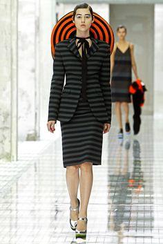 Prada Spring 2011 Ready-to-Wear Fashion Show - Anais Pouliot