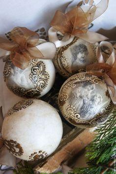 Sweet home : Vintage stiili jõuluehted Handmade Ornaments, Diy Christmas Ornaments, Christmas Holidays, Christmas Crafts, Victorian Christmas, Vintage Christmas, Christmas Decoupage, Paperclay, Egg Decorating