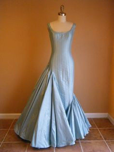 Formal Gown, Wedding Gown, Asymetrical, Silk, Mermaid Gown in Ice Blue. Custom Made. Stunning Dresses, Pretty Dresses, Beautiful Outfits, Amazing Dresses, Vintage Gowns, Vintage Outfits, Vintage Fashion, Mermaid Gown, Mermaid Dresses