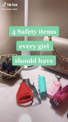 Amazing Life Hacks, Useful Life Hacks, Girl Life Hacks, Girls Life, Picnic Baby Showers, Best Amazon Buys, Respect Women Quotes, Survival Life Hacks, Young Women Activities