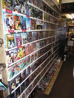 Japan anime stores | ... pictures of Vancouver's first real Japanese Animation Retail Store