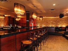 Alleycatz Restaurant Lounge - Yonge and Eglinton Bar | 2409 Yonge St. Toronto, ON