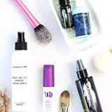 Okay, once and for all, makeup setting sprays are important after every makeup sesh. Why? Go to the #linkinbio. 😘 (image via: Style Scoop UK )