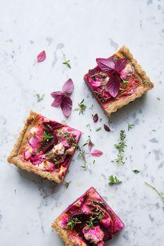 Gluten free beet tart :: Sonja Dahlgren/Dagmar's Kitchen: