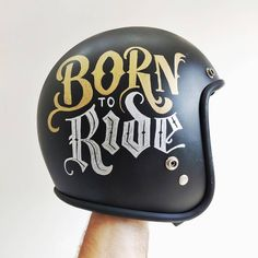 Gold sharpie marker worked better than the silver one as you can see… Motorcycle Helmet Design, Cafe Racer Helmet, Motorcycle Style, Motorcycle Accessories, Pinstriping, Lettering Design, Hand Lettering, Gold Sharpie, Guzzi V7