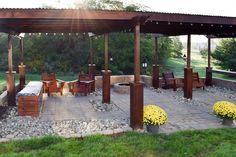 This handbult pergola provides a great space for entertaining.
