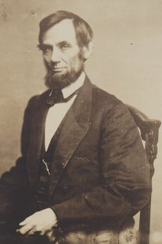 The election of Lincoln was the last straw of the South Carolina seceding. They thought Lincoln was going to get rid of slavery. Abraham Lincoln Vampire, Abraham Lincoln Family, Mary Todd Lincoln, Abraham Lincoln Quotes, American Presidents, Us Presidents, American Civil War, American History, History Facts