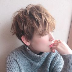 Pin on カラー Pin on カラー Short Pixie Haircuts, Cute Hairstyles For Short Hair, Girl Short Hair, Short Hair Cuts, Straight Hairstyles, Curly Hair Styles, Tomboy Hairstyles, My Hairstyle, Crown Hairstyles