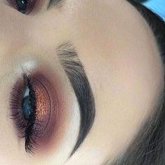 Eye Makeup Tips.Smokey Eye Makeup Tips - For a Catchy and Impressive Look Makeup On Fleek, Flawless Makeup, Cute Makeup, Eyebrow Makeup, Pretty Makeup, Skin Makeup, Eyeliner, Eye Brows, Awesome Makeup