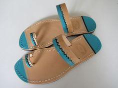 hand painted leather sandals by www.alexsof-colourbox.blogspot.com