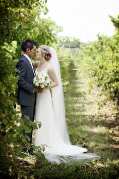Yarra Valley vine yard wedding photography.   By Melbourne's Precise Moment Photography